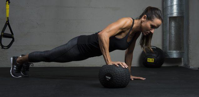 Fitnesa tendenču topa augšgalā - funkcionālie treniņi